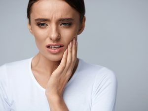 woman with painful cavity